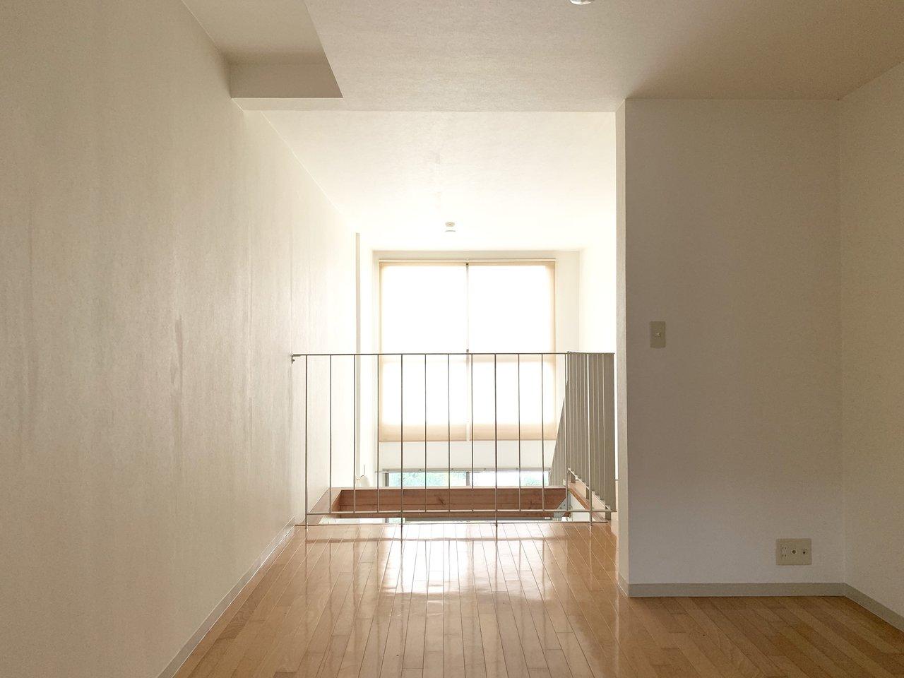 2階の寝室は落ち着く雰囲気