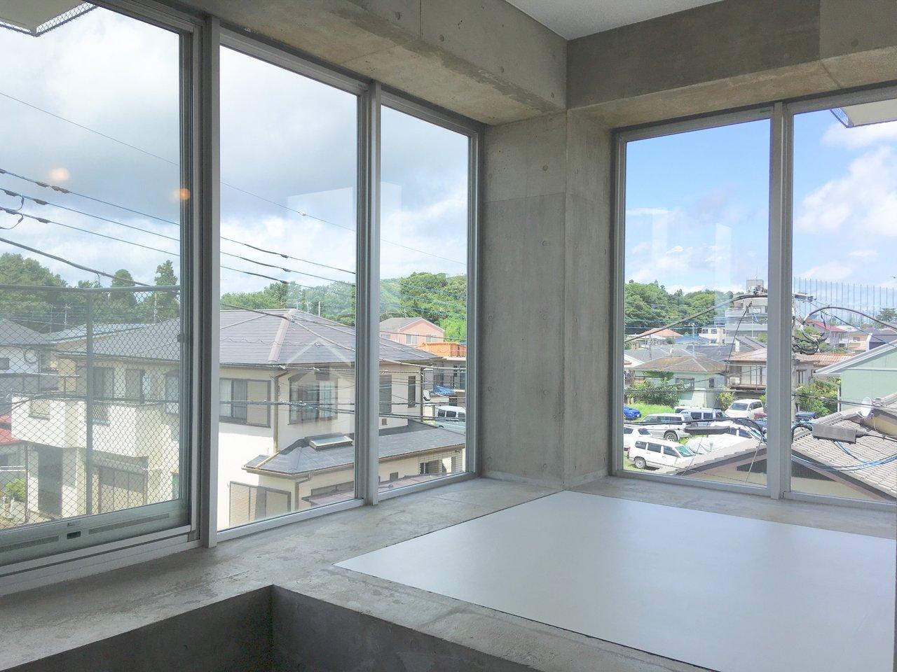 開放的な暮らしが待っている。二面採光の「窓」が特徴的なお部屋まとめ