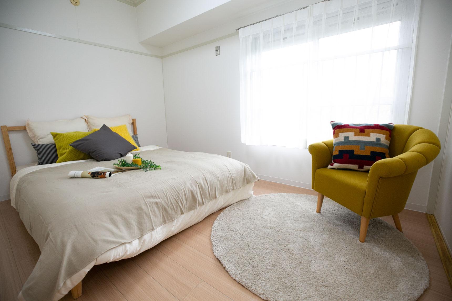 居室も、一部屋はフローリングになっているのでベッドが置きやすい。