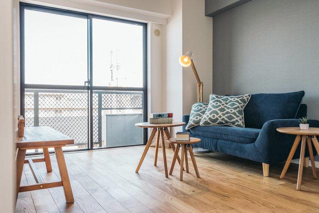 グッドルームオリジナルの無垢床リノベのお部屋が広島にも登場です!家具を合わせてみるとわかる床の良さ。ぜひ体感してみてください(写真は完成イメージです)