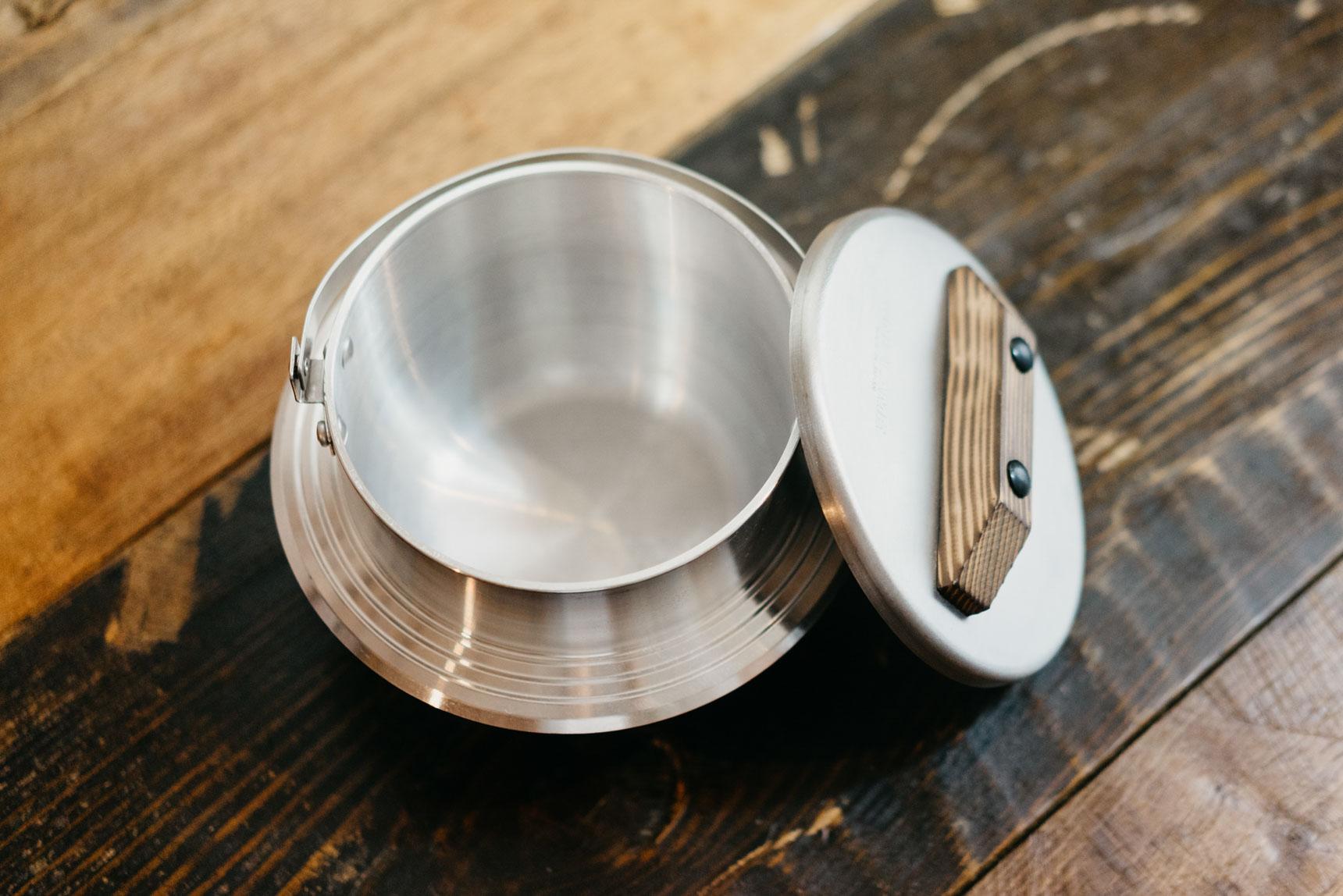 3合まで炊けて、1号ずつ水を入れる目盛りがついているのも良いところ。