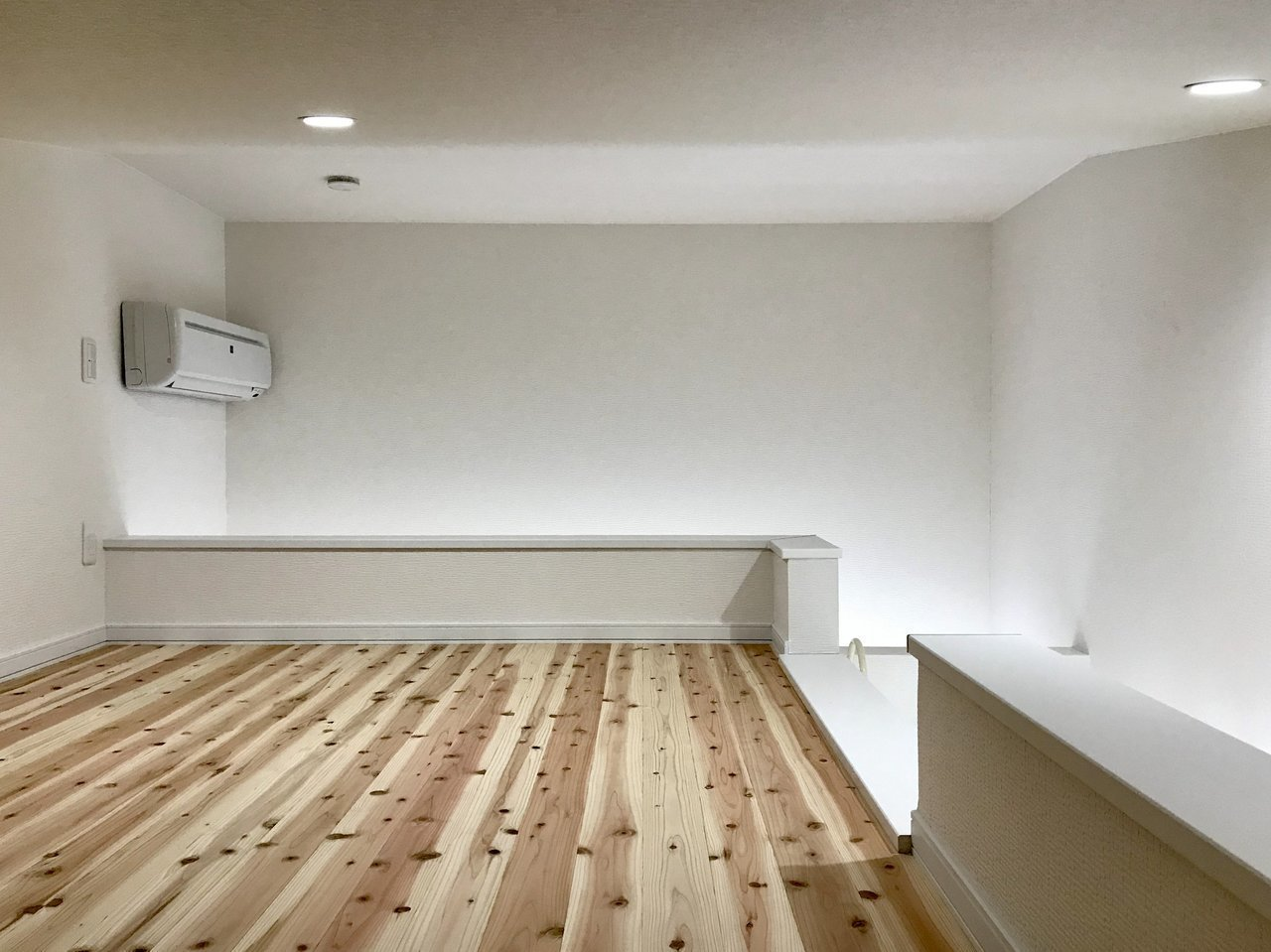 ロフト部分ももちろん無垢床。寝室にも、物置にも使えます。ふたり暮らしでもきっと十分な広さがあると感じるはずです。