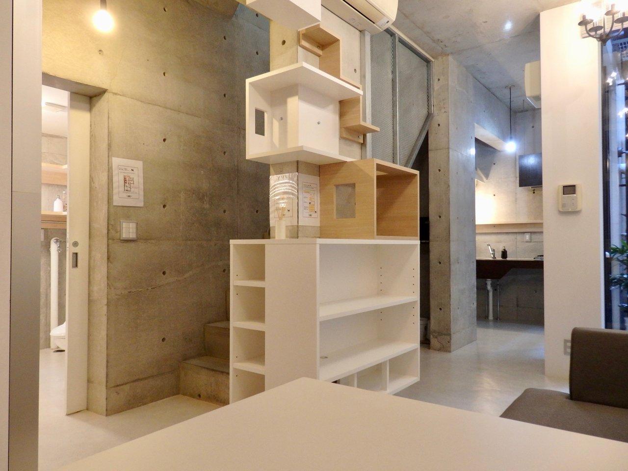ちなみにこちらのお部屋はペット可の物件。収納棚をキャットウォークにするのもいいですね。人も、ペットもうれしいお部屋です。