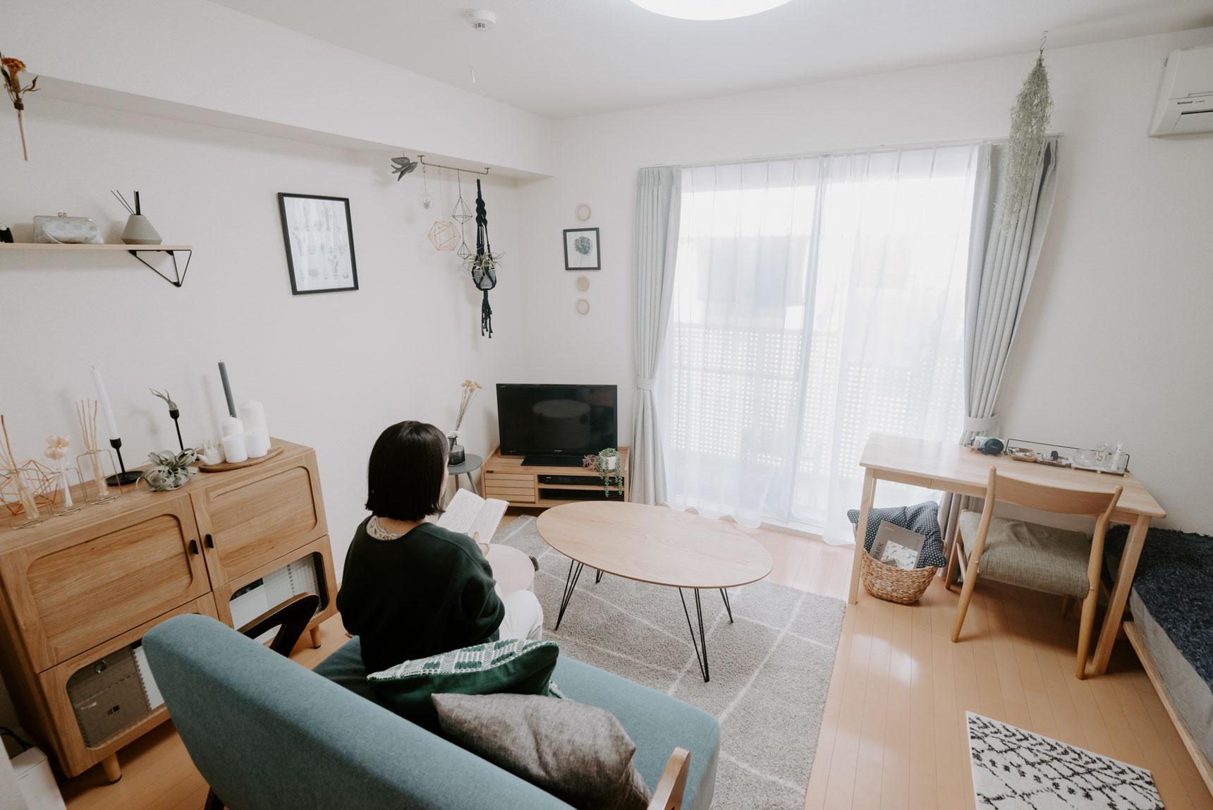生活動線の考えられた家具配置が見事で、とても広く見えるお部屋です。