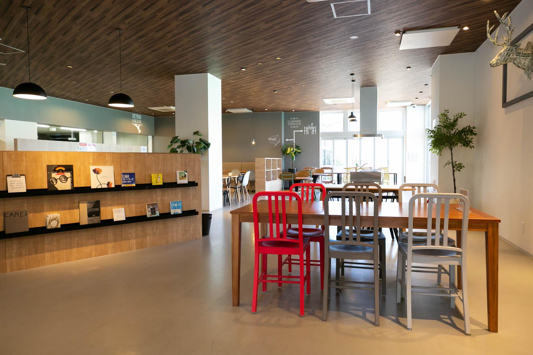 一番大きな特徴は、開放的でおしゃれな食堂スペースが大きくとられていること。