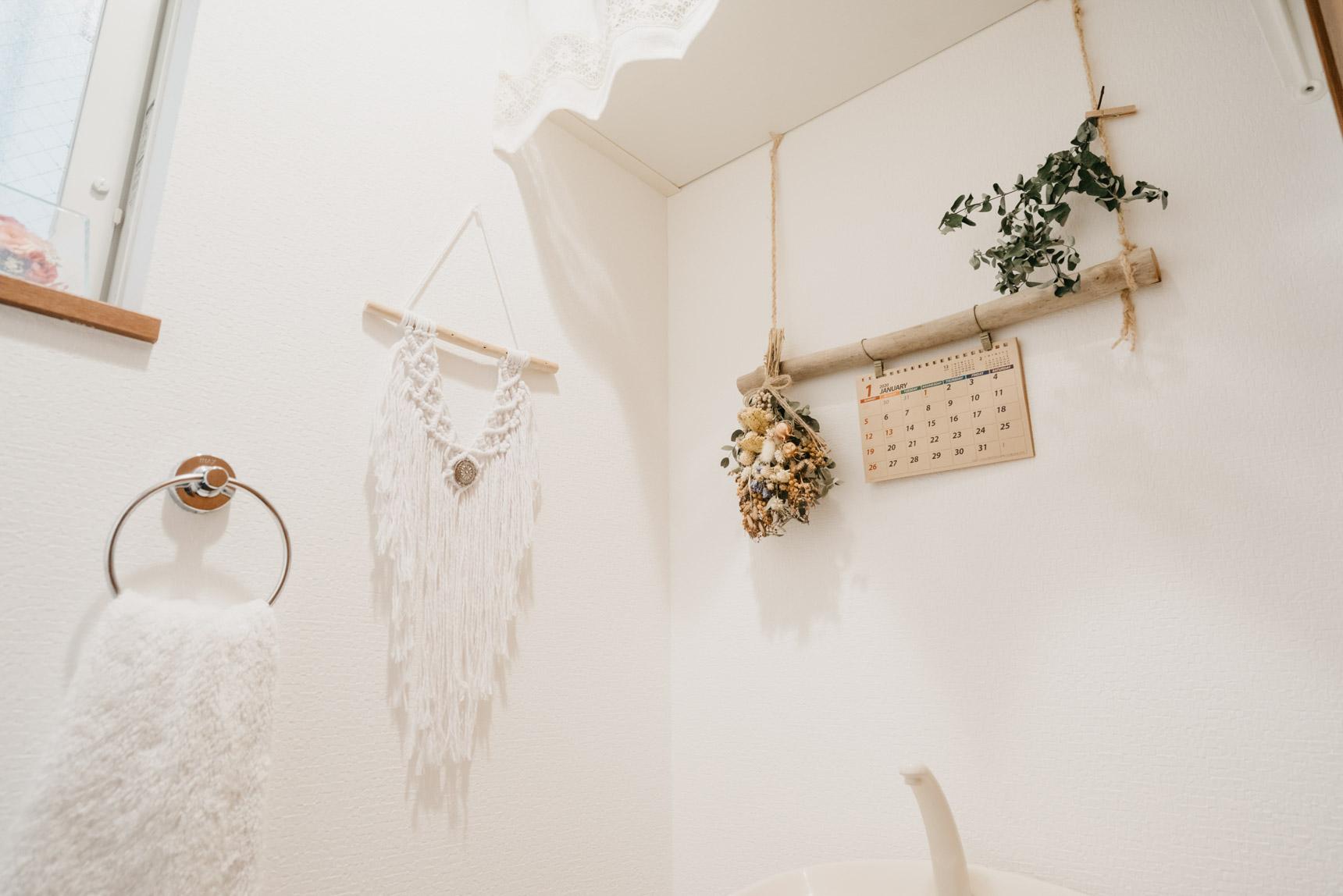 トイレにもたくさん、流木を使った素敵な飾りがありました!