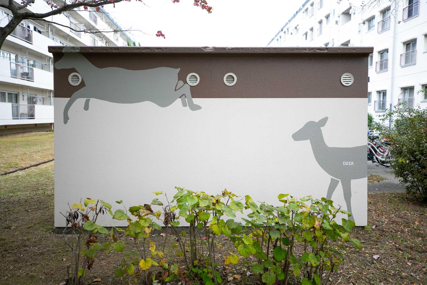 子どもたちも楽しんで歩けるように、倉庫の壁には動物が描かれていました!全部で12種類もの動物のイラストが描かれているそう。