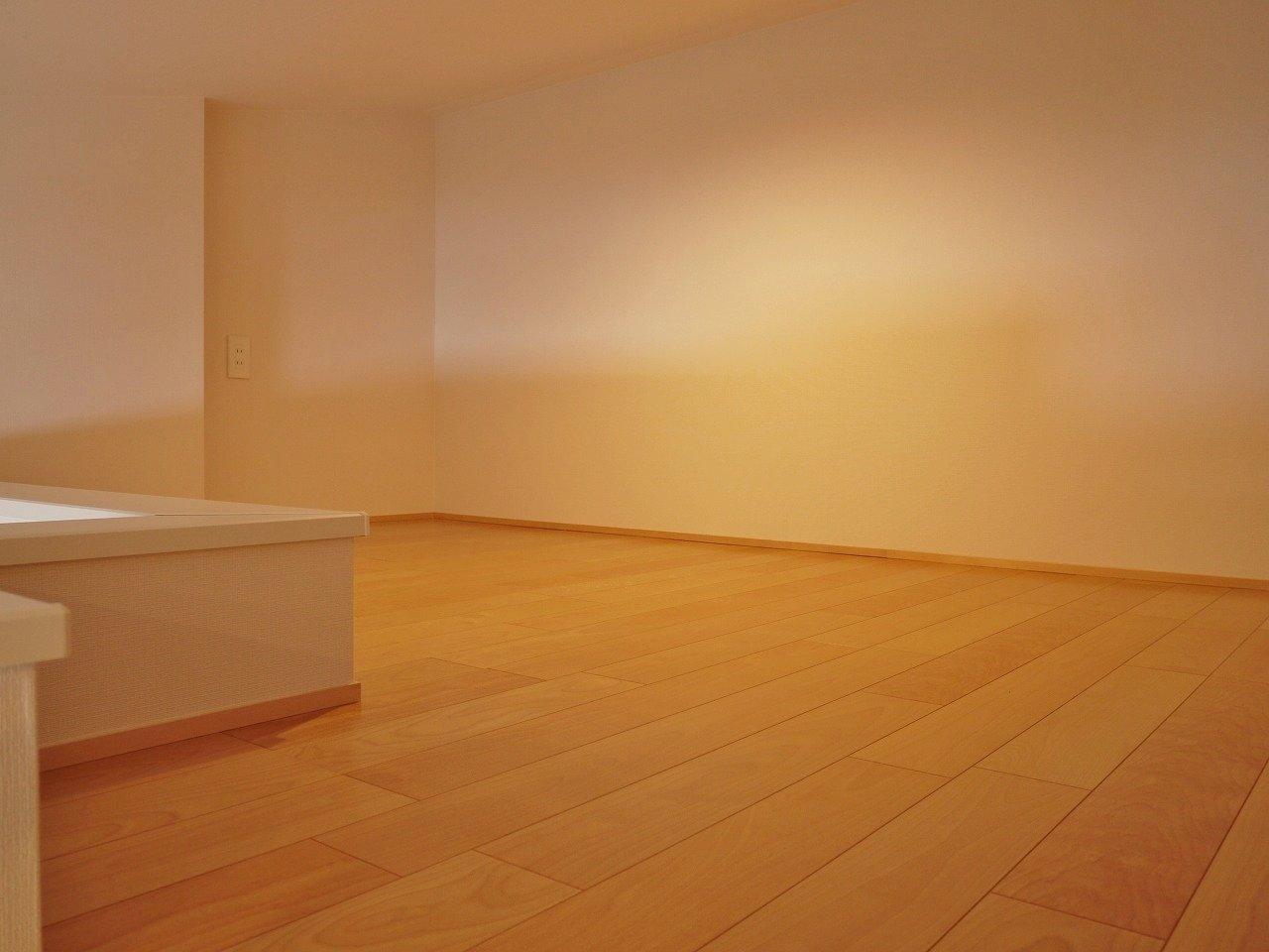 ロフトもこの広さ!寝室にするだけではもったいないので、洋服や本などの収納スペースとしてもぜひ、活用してみてください。