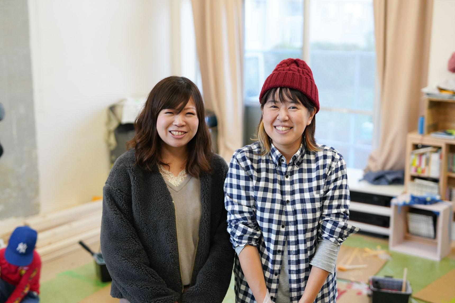 お話を聞かせてくださったのは、左から大阪府住宅供給公社の豊嶋さんと、「としょ係」の白石さん。