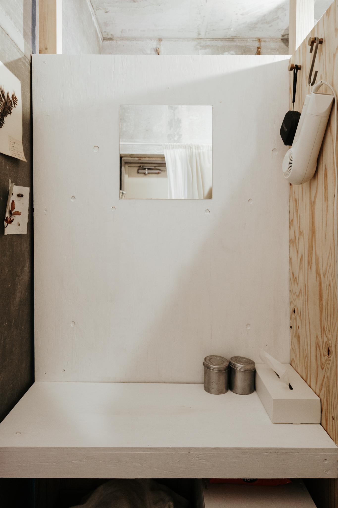「内側はまだ途中」とのことでしたが、まるで洗面台のようなスペースができていて、感動。脱衣所って、自分で作れるんだ…!