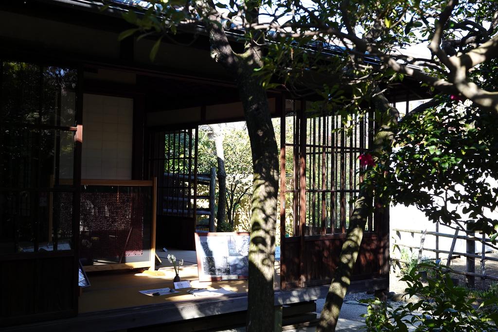 かつて歌人の島崎藤村が住んでいたという自宅。終の棲家とし、現在は一般に開放されています。