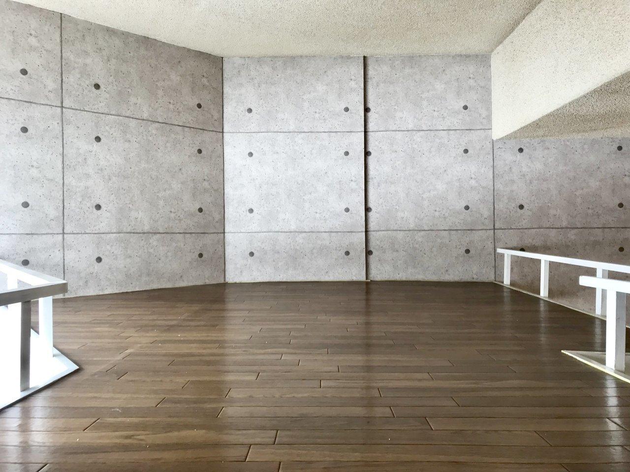 ロフトは広さもあるので、布団やマットレスを敷いて寝室にするのがいいでしょう。ただ階下に収納スペースがないので、うまく共存するように工夫できたらいいですね。