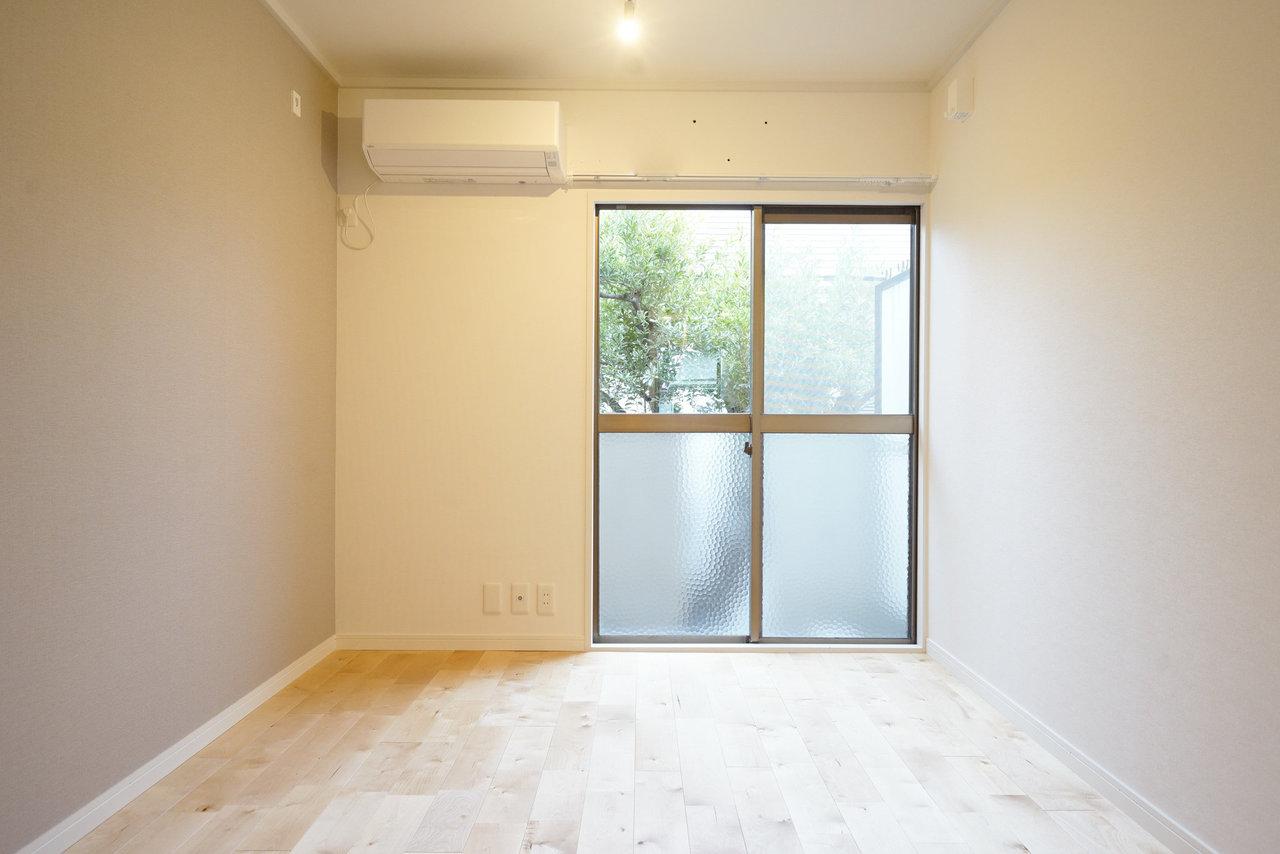 完成後のイメージはこんな感じ。6畳一間。一番使いやすい間取りですね。大きな窓からは光が差し込み、一面の無垢床をあたたかく照らしてくれるでしょう。