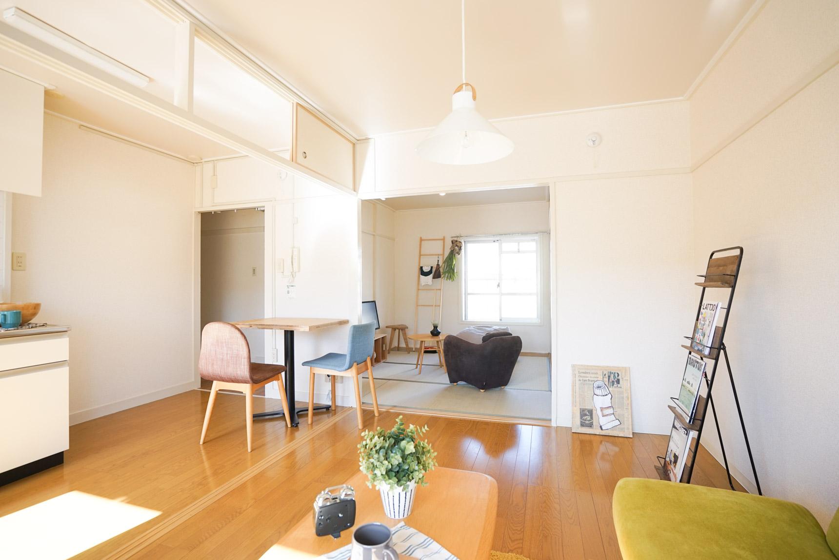 洋室と和室とで、床の色や質感が変わり、空間にメリハリがでます。