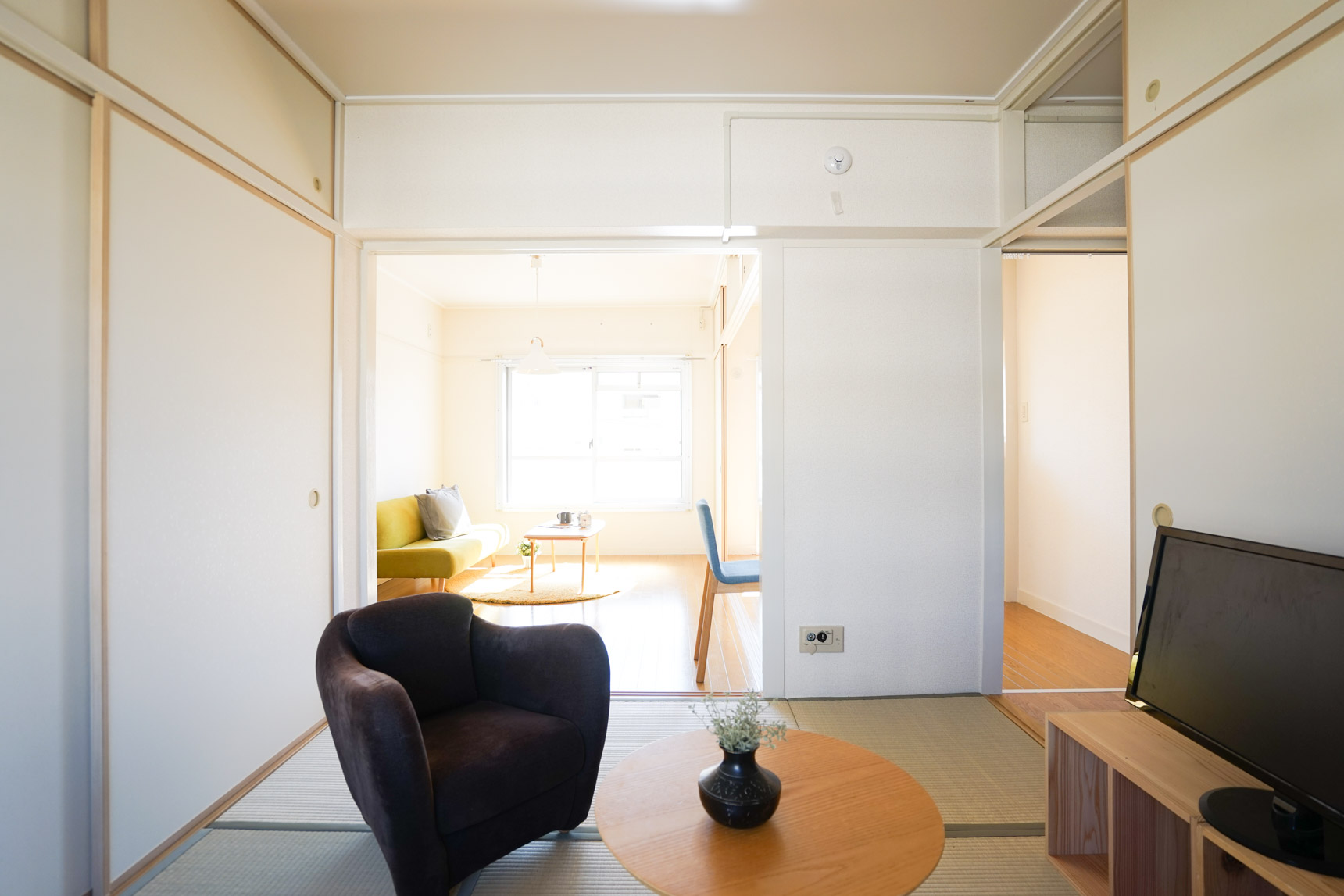 ゆったり寛げる和室のあるお部屋で、レトロモダンなスタイルの暮らし、はじめてみませんか?