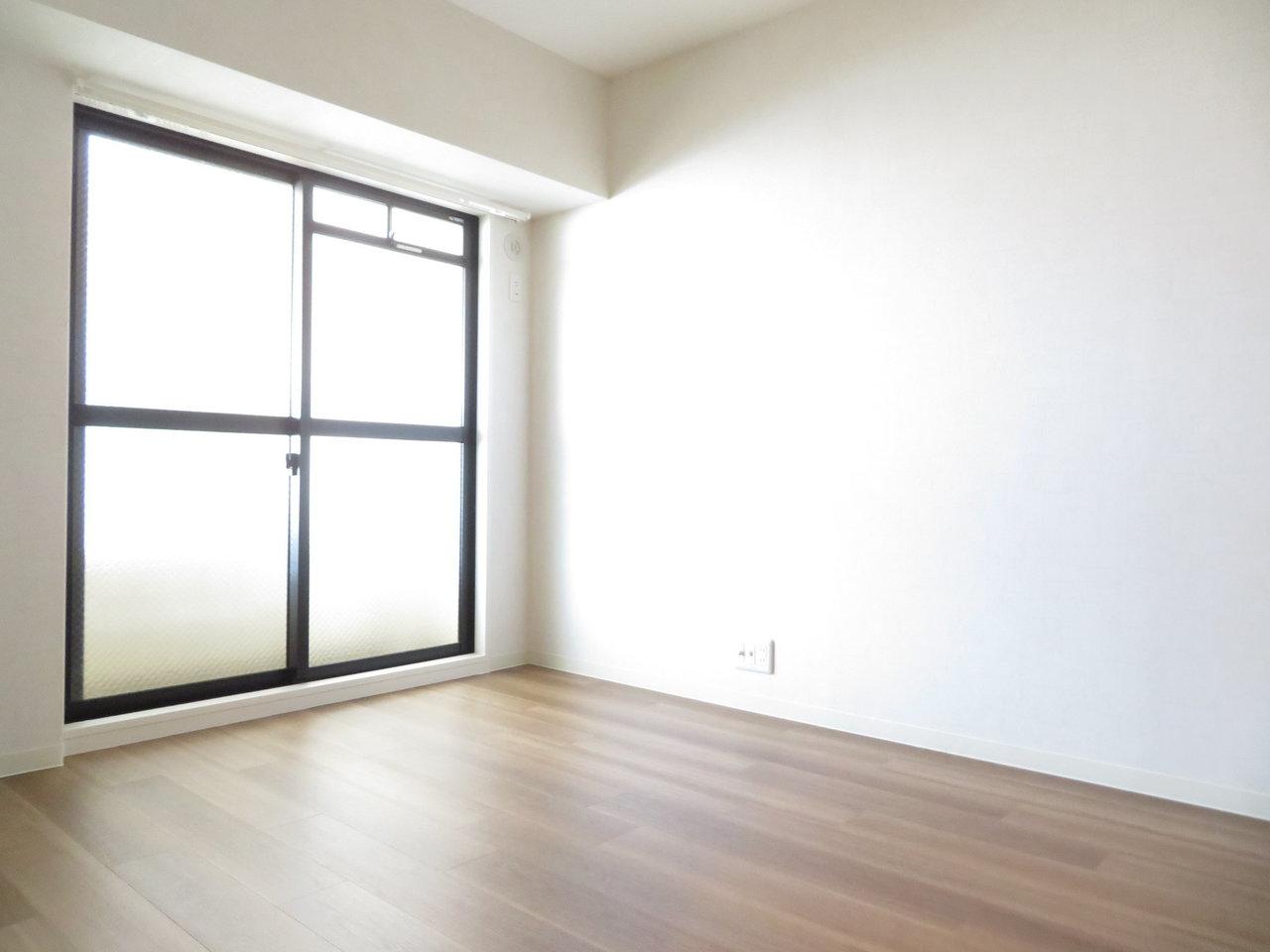 リビングのほかに3室ある洋室は、4.5畳~6畳の広さ。お子様がいても、それぞれ十分な個室を与えてあげられるのはうれしいですね。