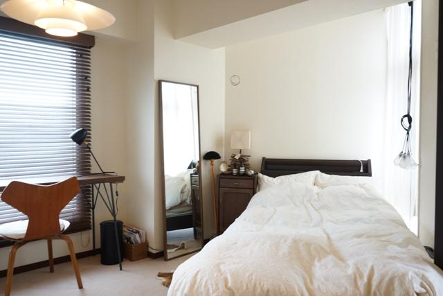 goodroomスタッフ、岡山さんのお部屋。ヴィンテージチェアとDIYテーブルを合わせる事例としてご紹介します。
