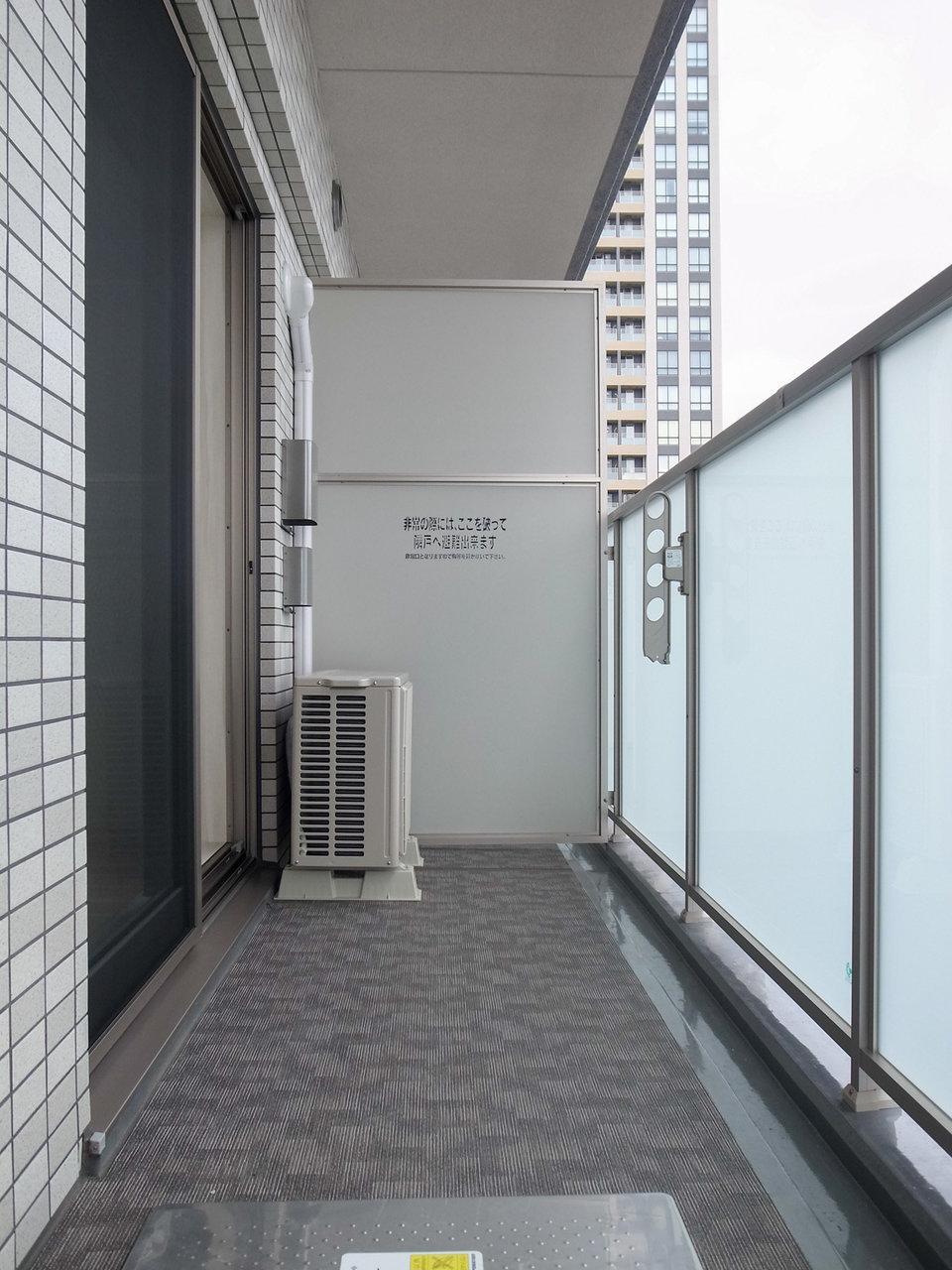 バルコニーも広めでした。12階のお部屋なので眺めも良いはずです。