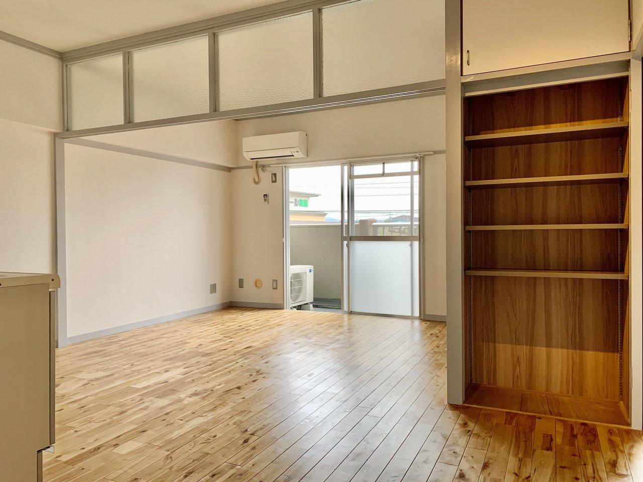 LDKはあわせて14畳あり、かなり広く感じます。好きな家具を思い切って置けそうですね。