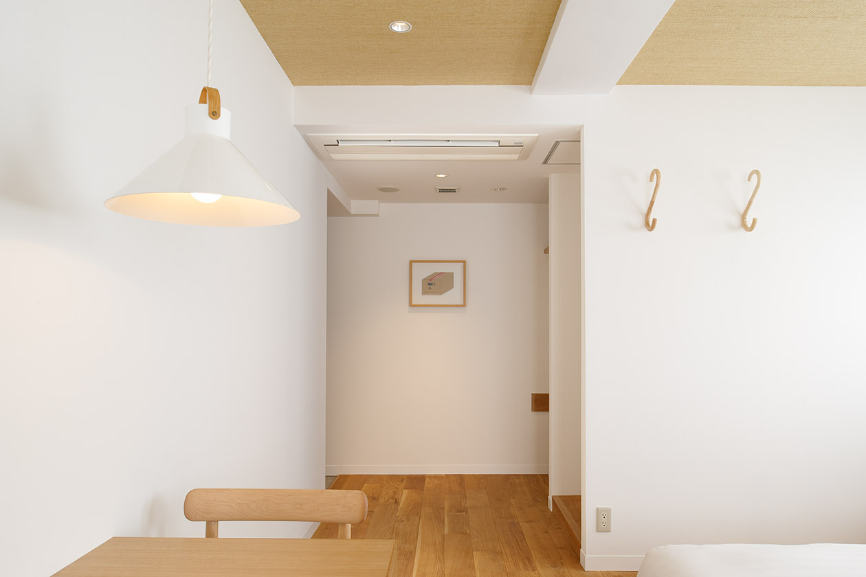 contemporary_room704_slide2-thumb-1260x840-312