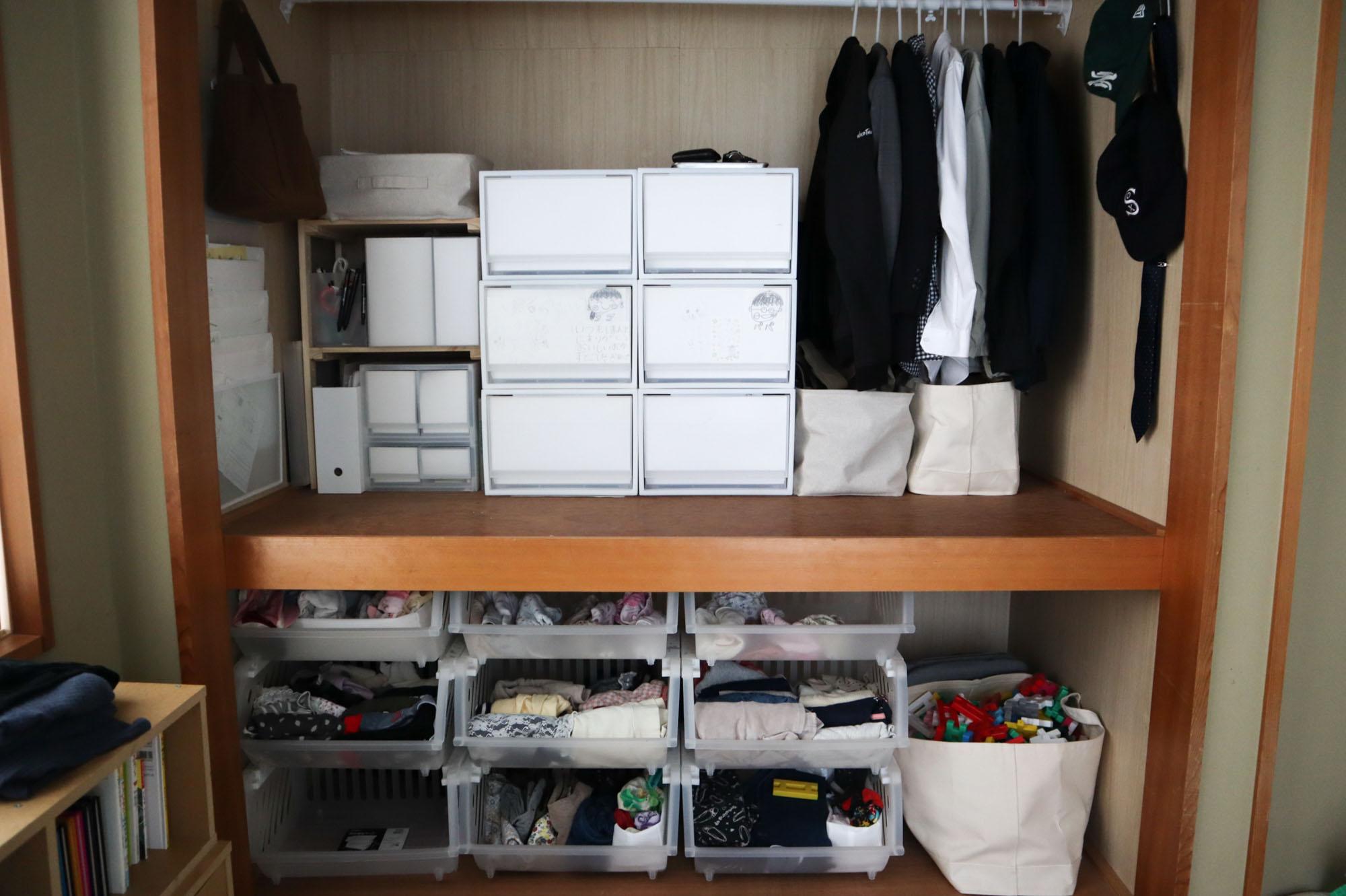 押入れの襖も外して、こんな風にきっちりと整頓して収納されています。