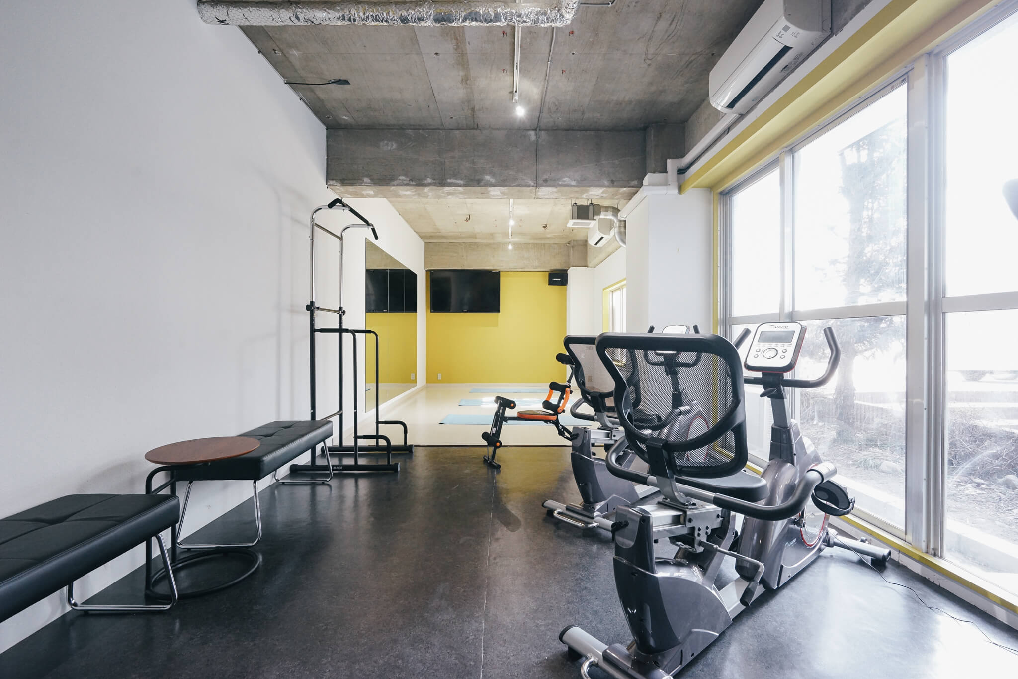 大浴場やスポーツジム、音楽スタジオまでを備える大型シェアハウス「ソーシャルレジデンス福生」