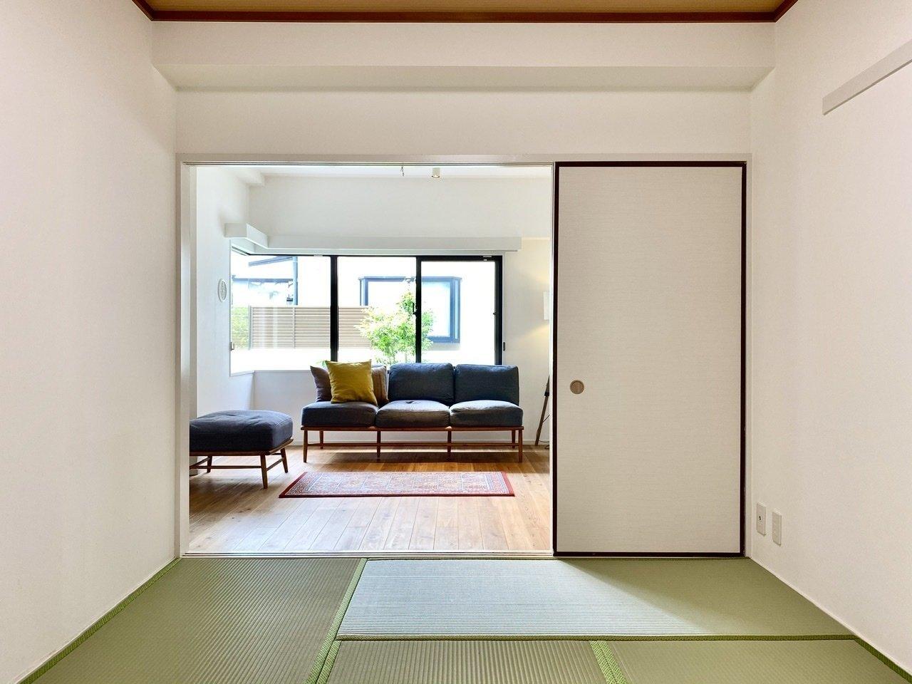 リビングから続くこのスペースは和室になっています。リビングからも見えやすいので、子どもの遊ぶスペースにしてあげてもいいかもしれません。