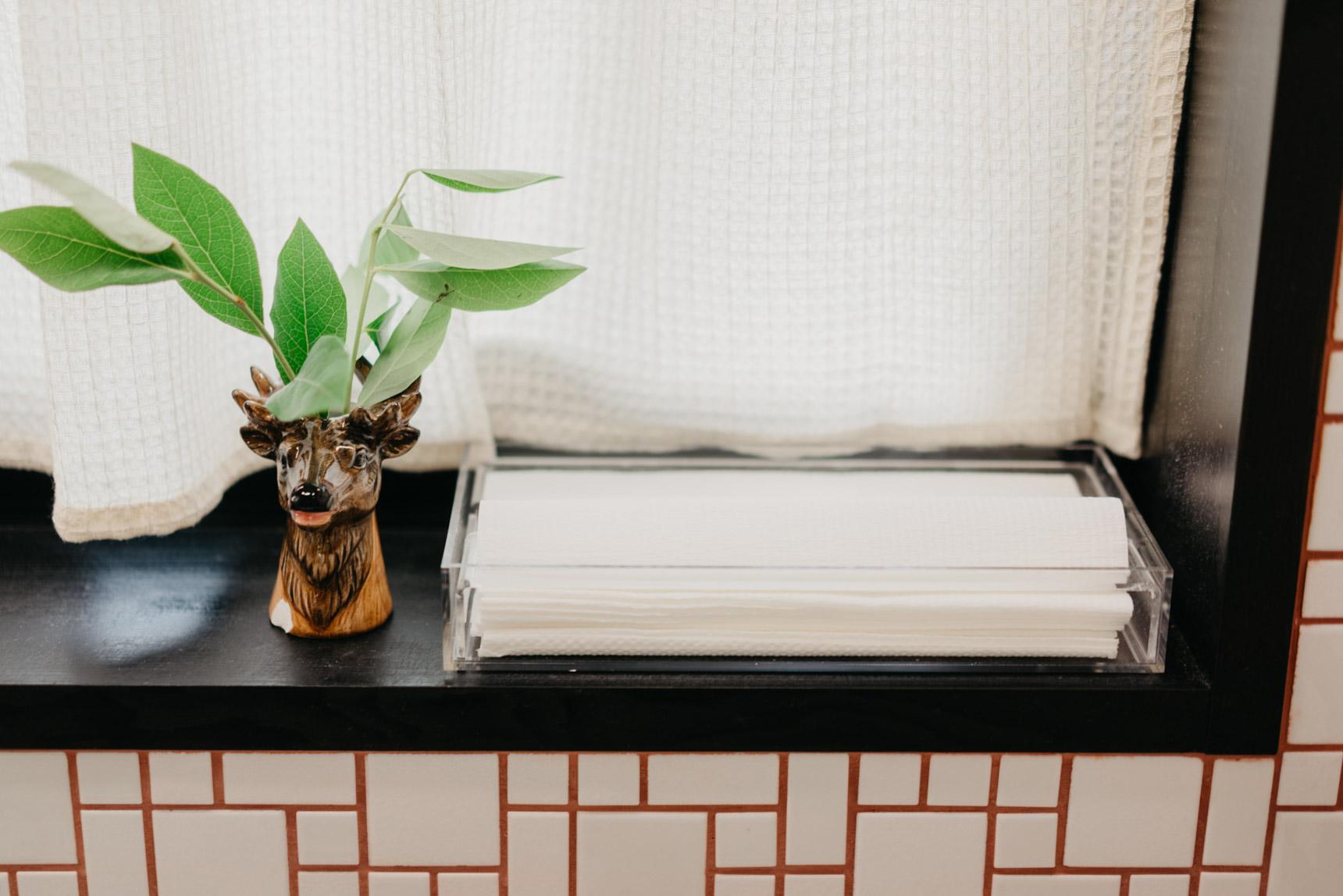 家でもペーパータオルが便利!無印良品の「重なるアクリルボックス」ですっきり清潔な水まわりをつくりましょう