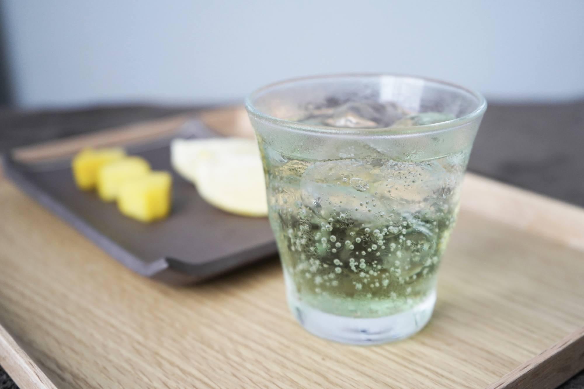 合成着色料不使用。淡い色合いと優しい味わいの無印良品「メロンソーダ」は、この夏のマストアイテム