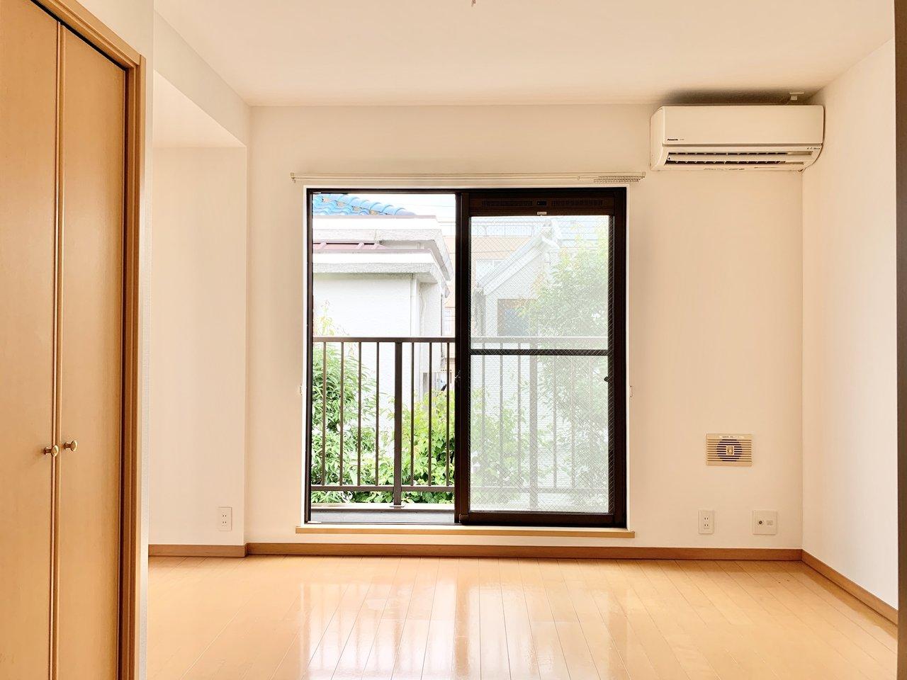 そんな駒沢大学駅のおすすめのお部屋は、1DKタイプのお部屋。風通しが良く、気持ちのいいお部屋です。