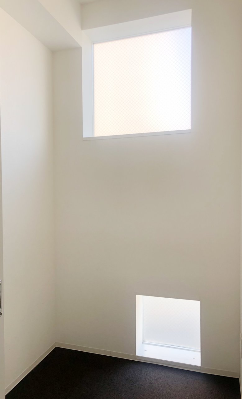 このお部屋には、1.6畳の防音室がついています。ずっと始めたいと思っていたギター、買ってみようかな。