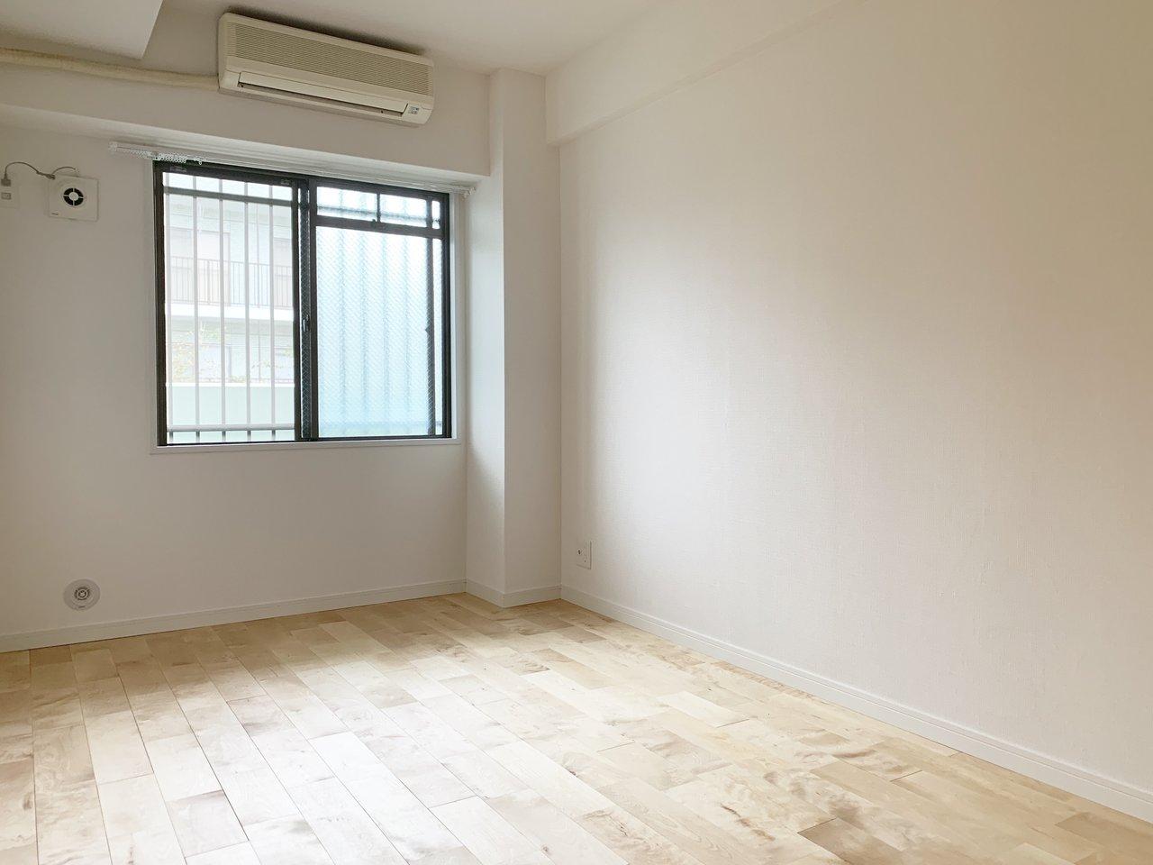 洋室もそれぞれ収納スペースつき。お客様用の布団なんかもちゃんと用意できそうですね。