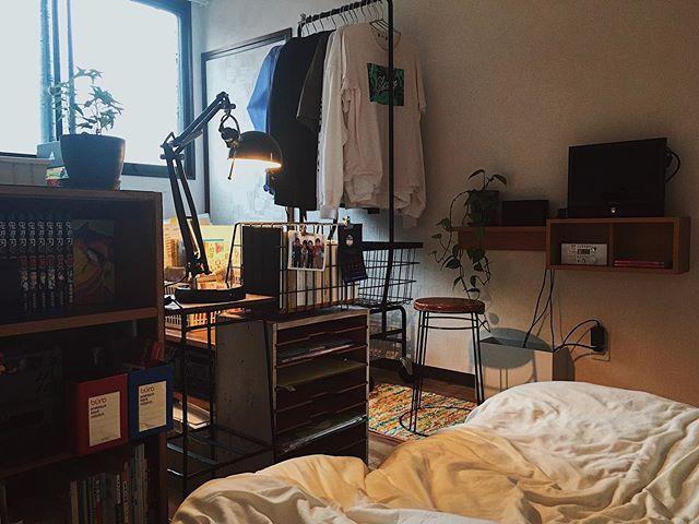 小さな空間でも、ものをしまう場所をしっかりと作ってあることで、とても整理整頓して、暮らしていらっしゃいますね。