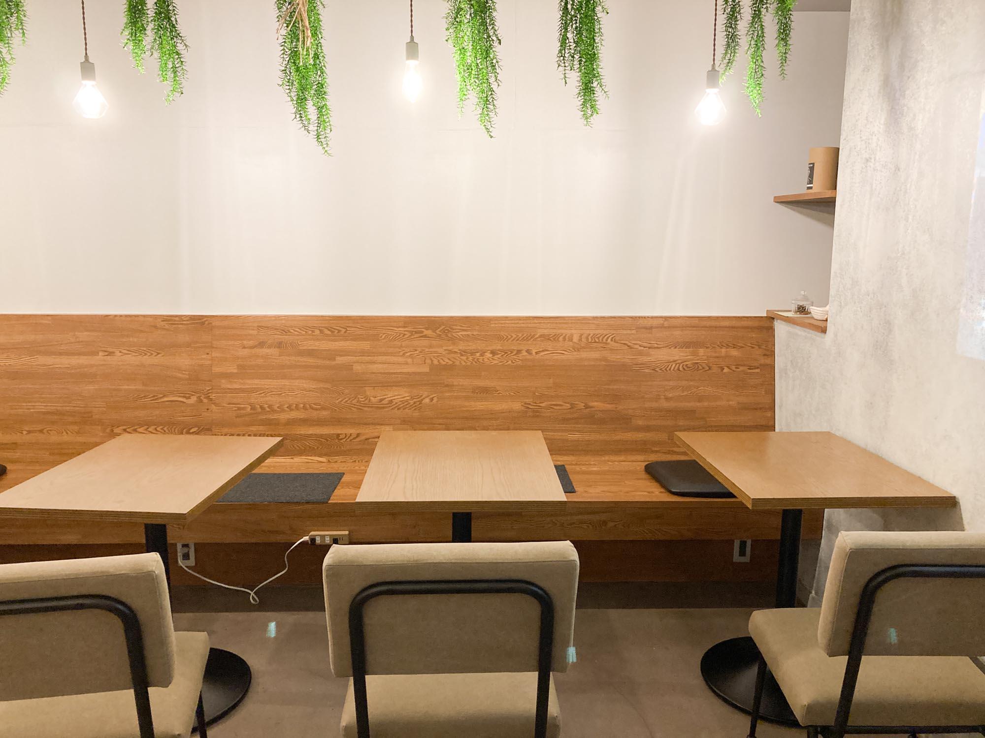 個室内で集中できないときは、こちらでお仕事を。カフェがわりに使えるスペースがあると嬉しいですよね。
