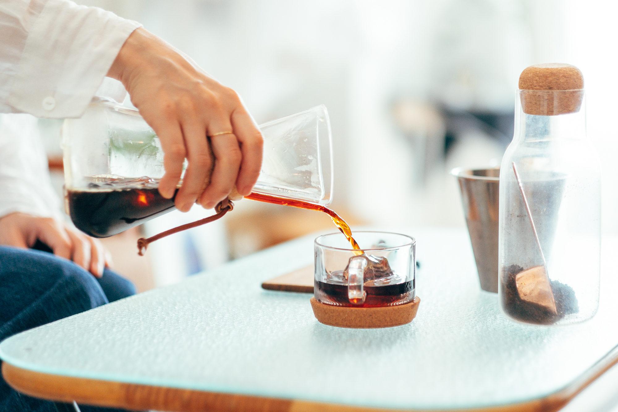コーヒーはよく飲むのですが、コーヒー器具をキッチンワゴンに分けることでキッチンスペースも広く使えるようになりました。