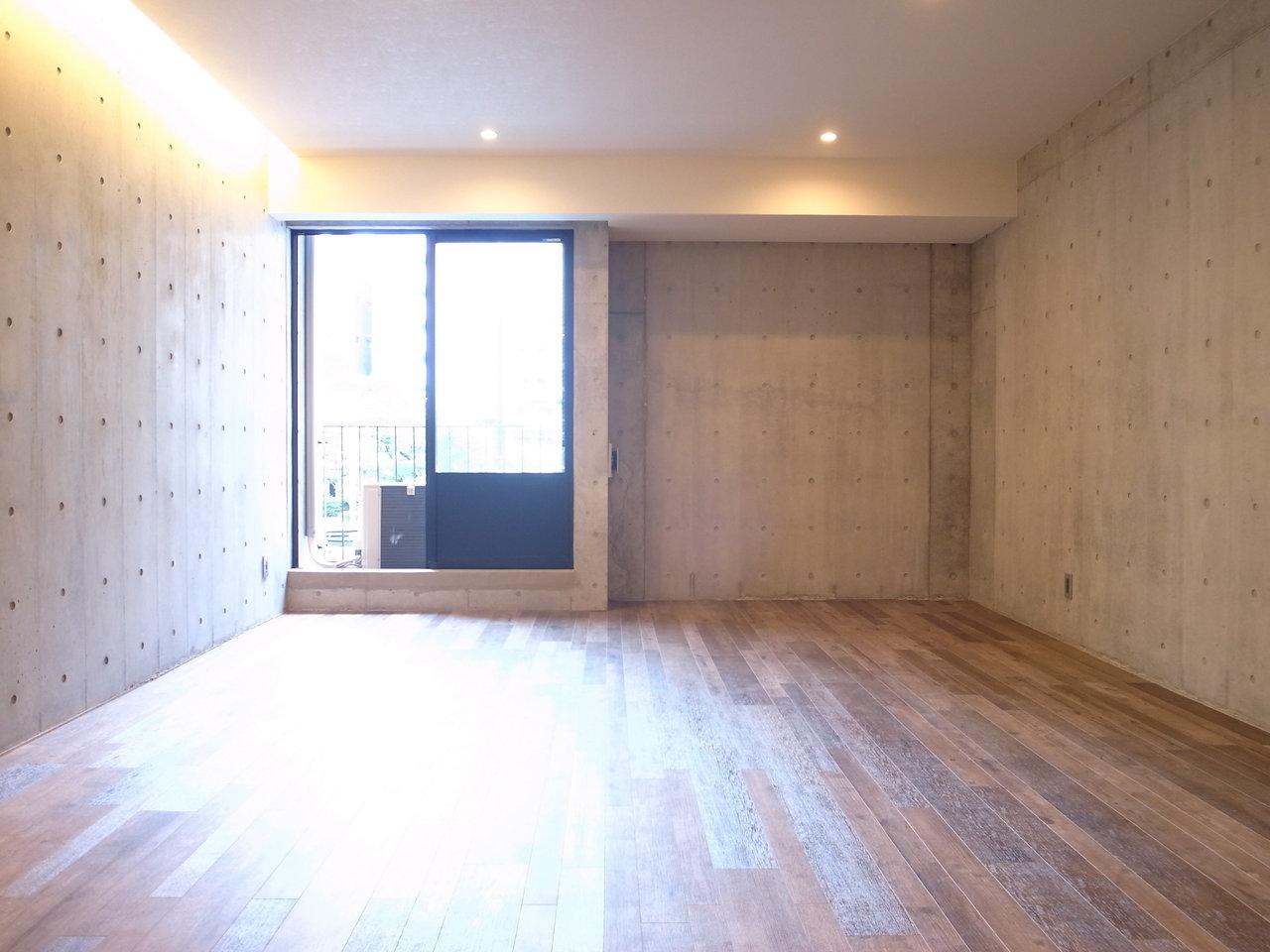 18畳超えの広々リビングをどう仕切るかは、あなた次第。導線や使い心地を考え、自由にアレンジしてみてください。