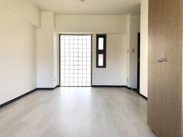 部屋は、シンプルな間取りの1DKで、手が届く価格帯なのが嬉しいです。