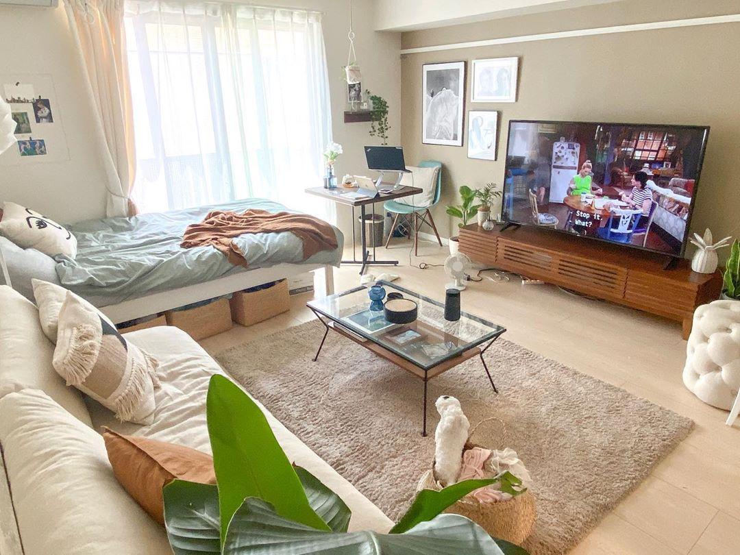 大きめのテレビを持っていたため、テレビボードをしっかり置ける幅のあることも条件のひとつでした。