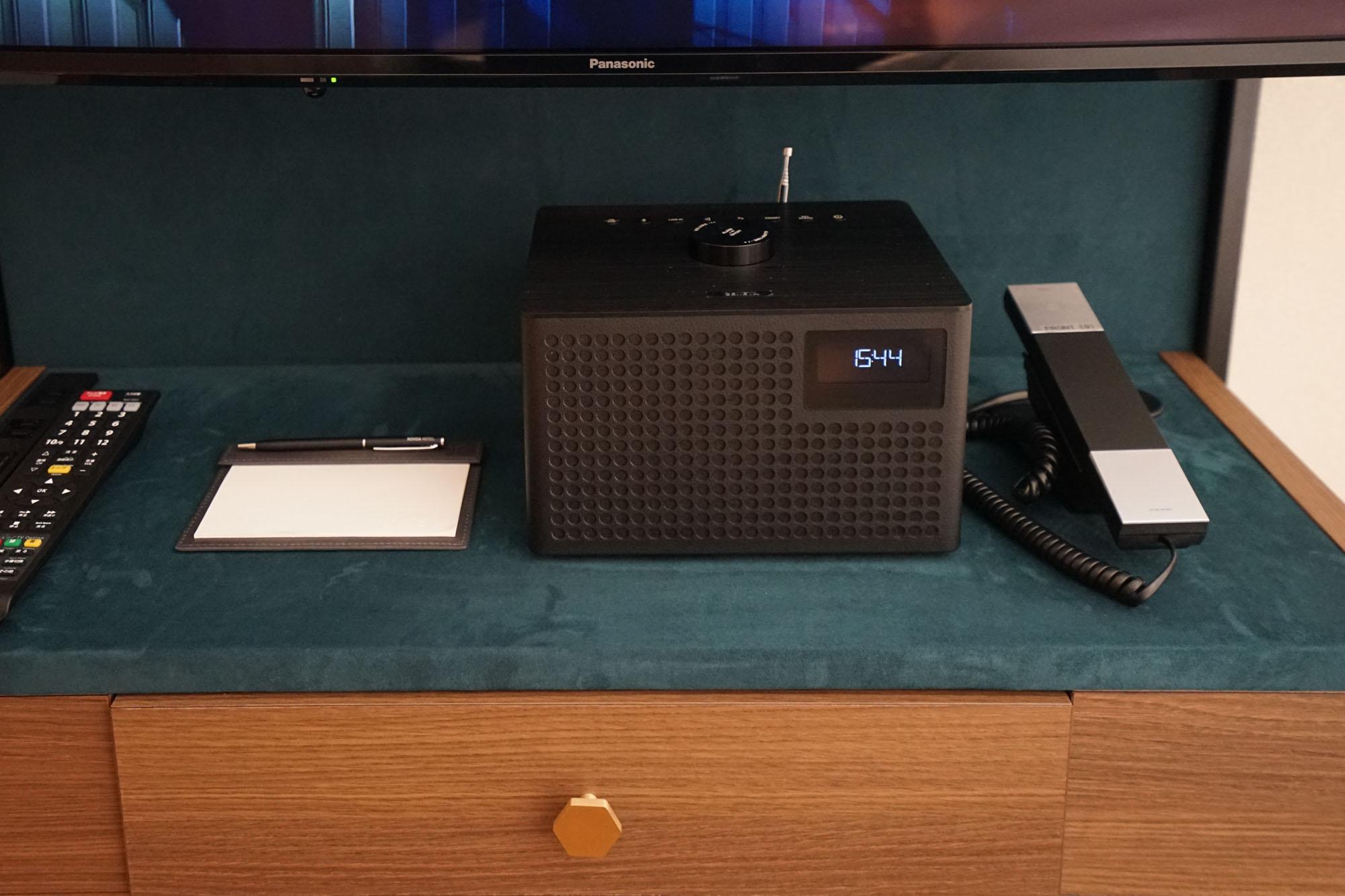 各客室に音にこだわったスピーカーが設置されています。Bluetoothで繋げて好きな音楽を楽しんだり、ラジオを聴いたり。音楽のある暮らしが満喫できますね。