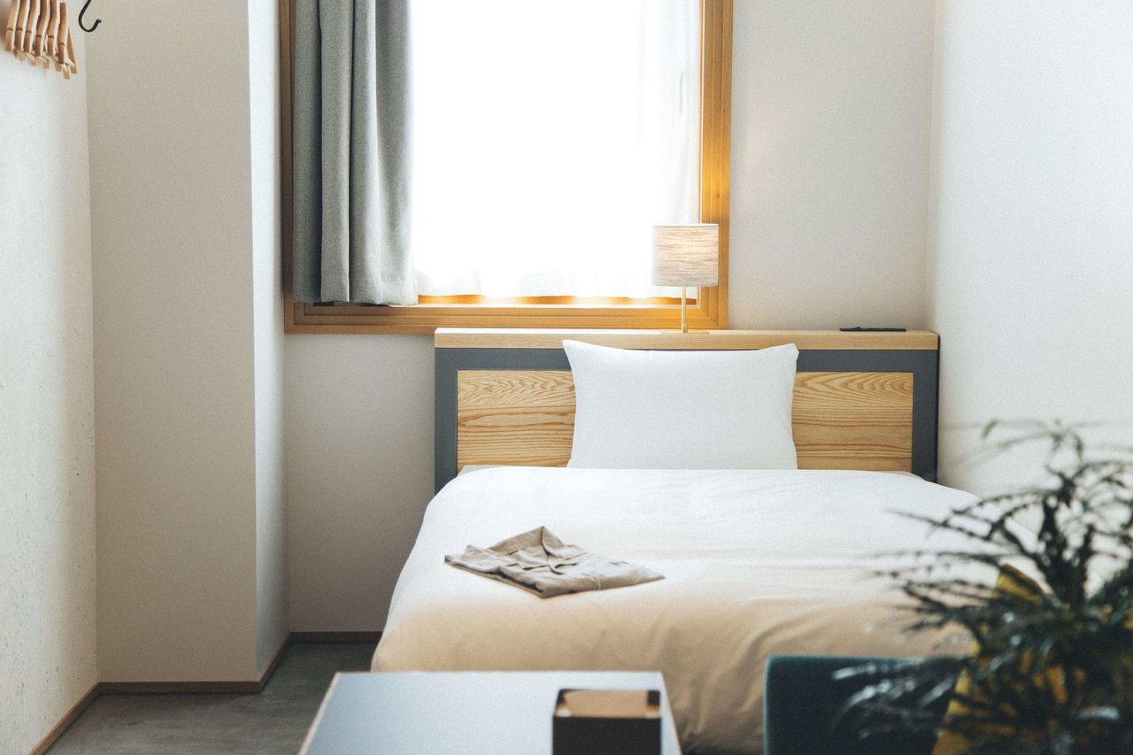 マンスリーとホテル暮らし、どちらにするか迷ったら、こちらの記事も参考に!:「マンスリー」と「ホテル暮らし」、どっちがお得ですか?それぞれのメリット・デメリットを教えてください