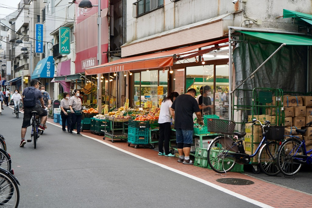 リーズナブルな値段で野菜を提供してくれる八百屋さん「八百関商店」。
