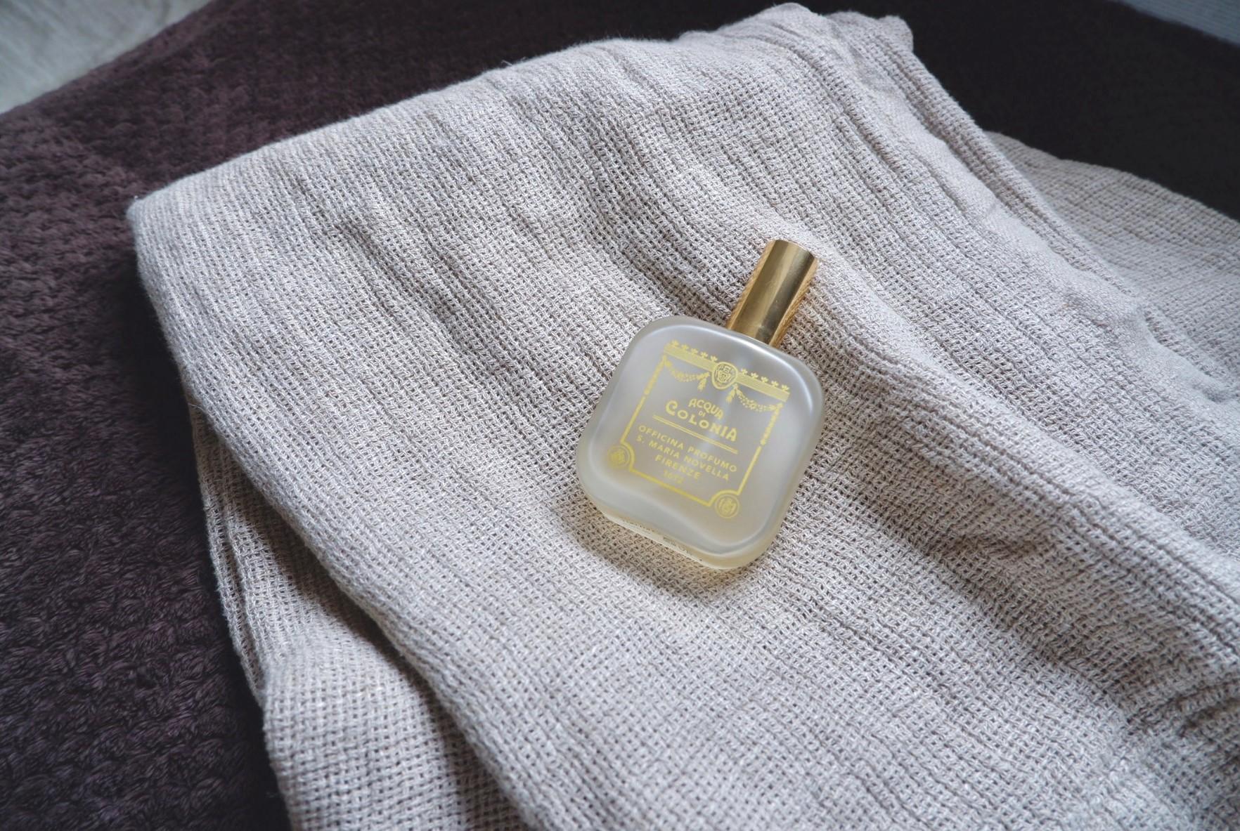 タオルに吹きかけると、ほのかな優しい香りに包まれてホッと心が落ち着きます。