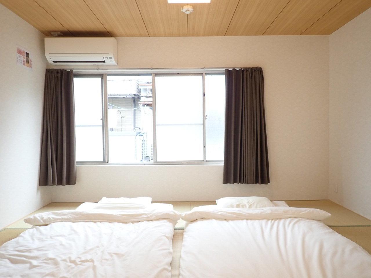 2階は階段を挟んで両サイドに、6畳と8畳の和室がありますよ。子ども部屋、大人用寝室、と使い分けましょう。