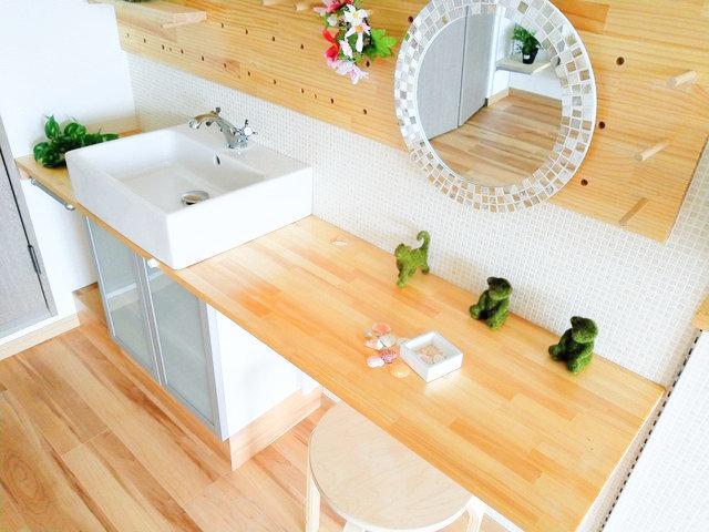 身支度も楽しくなる。福岡、おしゃれな独立洗面台があるお部屋まとめ