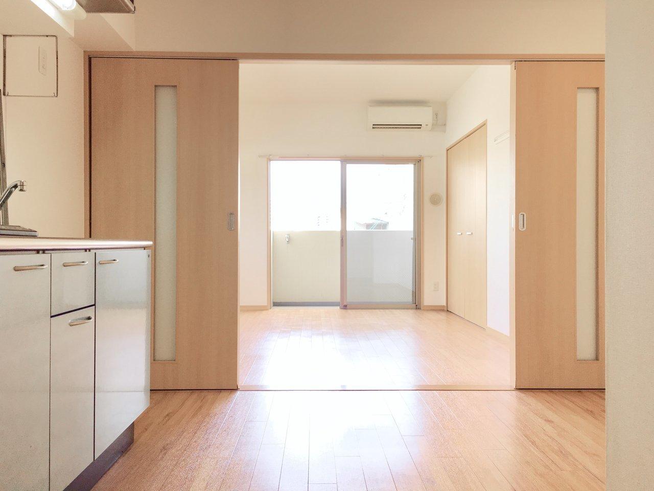 DK部分も6畳超えで広々。ダイニングテーブルを置いて、食事兼仕事をするスペースにしてもいいですね。