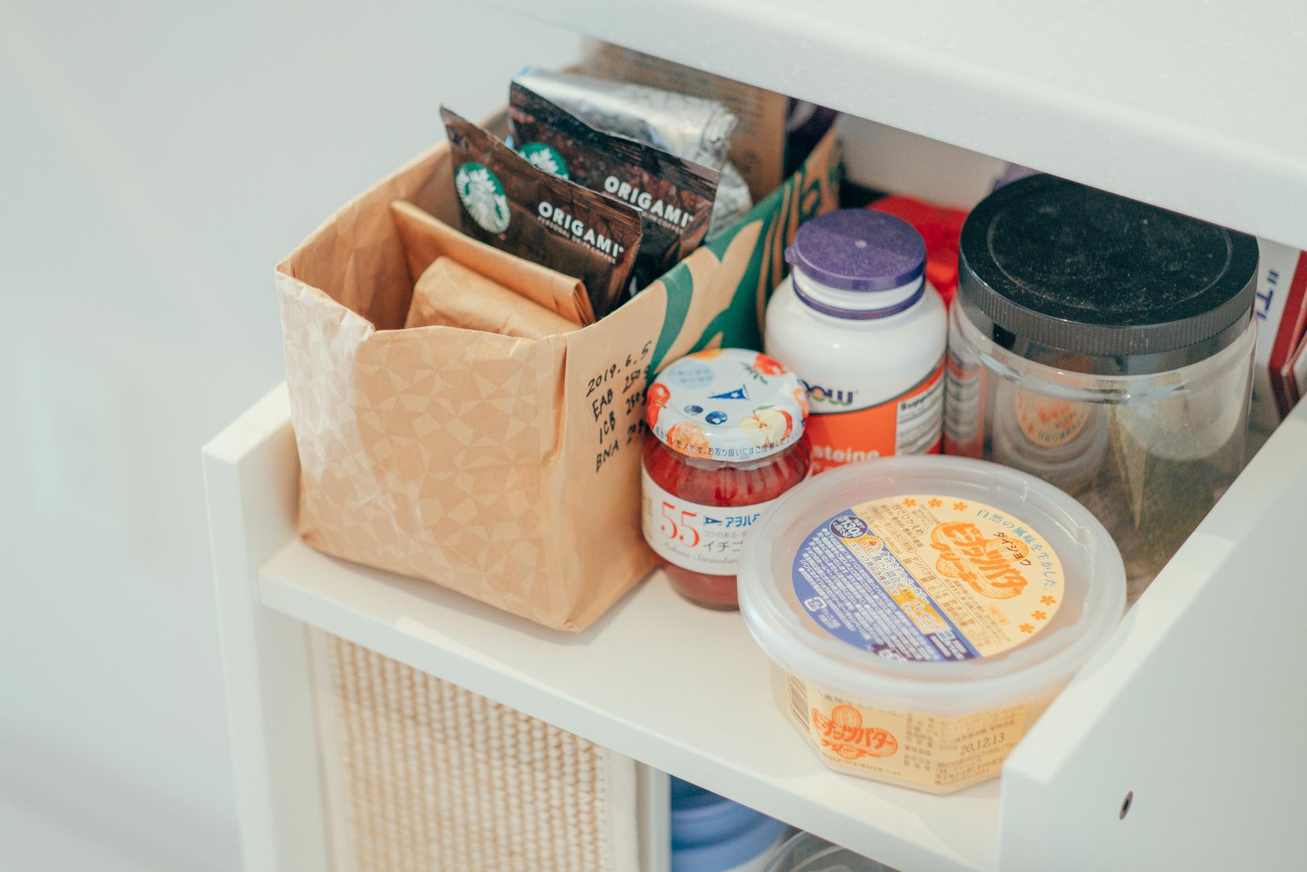 「暮らしの中で大切にしていることに続かないことはしない。ということがあって、キッチンに置くものを日々見直してというよりは、最初に決めた位置やバランスを守ることで綺麗なままに使えるようにしています。」
