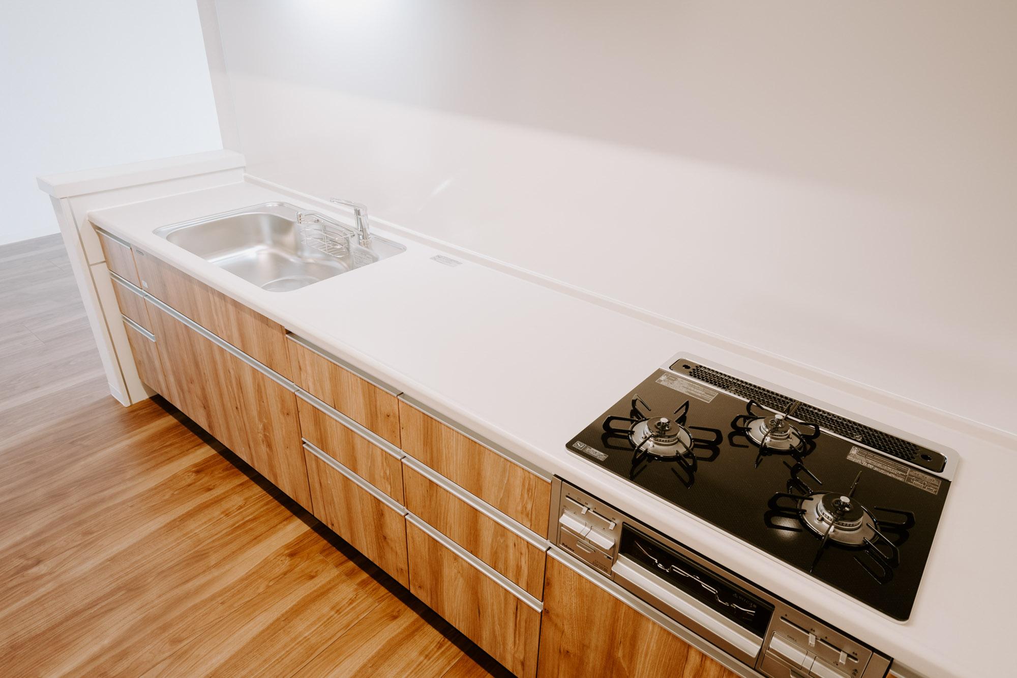それにしてもこのキッチン、とても広い!