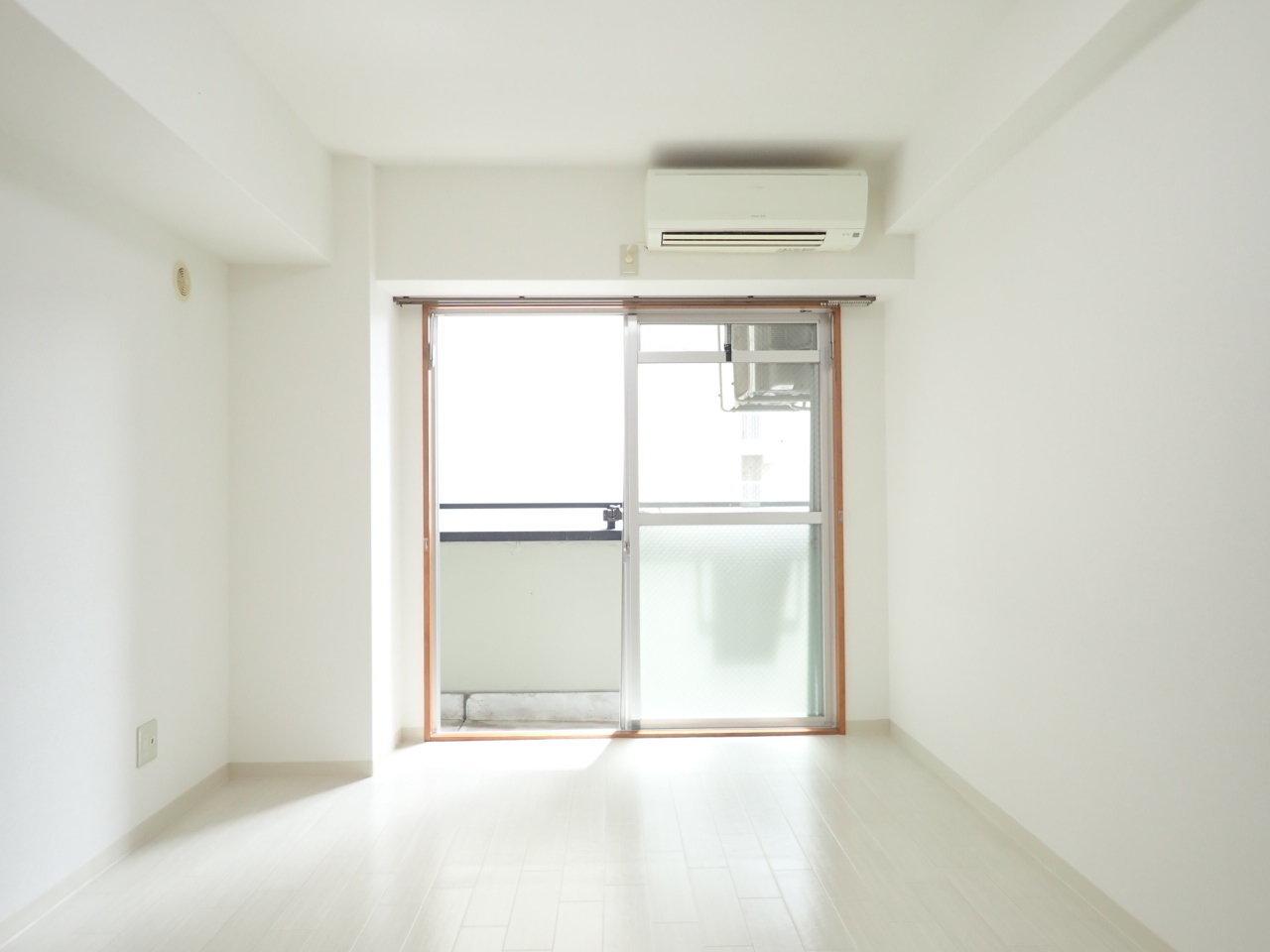 室内はシンプルな長方形。インテリアを配置するのにも使い勝手の良い、便利な形です。