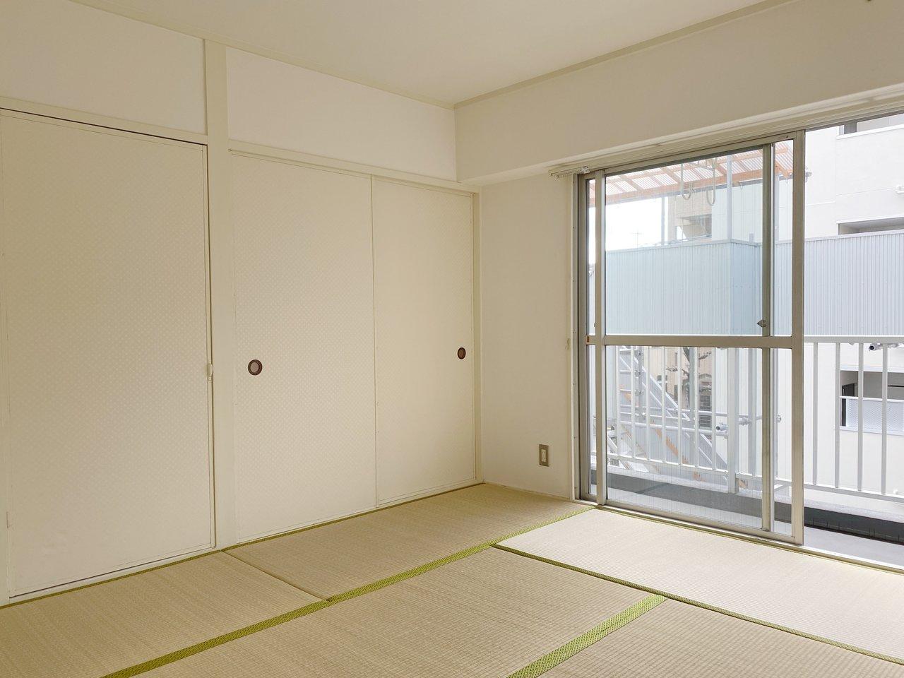 あえて残っている畳のお部屋もいい雰囲気です。くつろぎの時間が過ごせそう。
