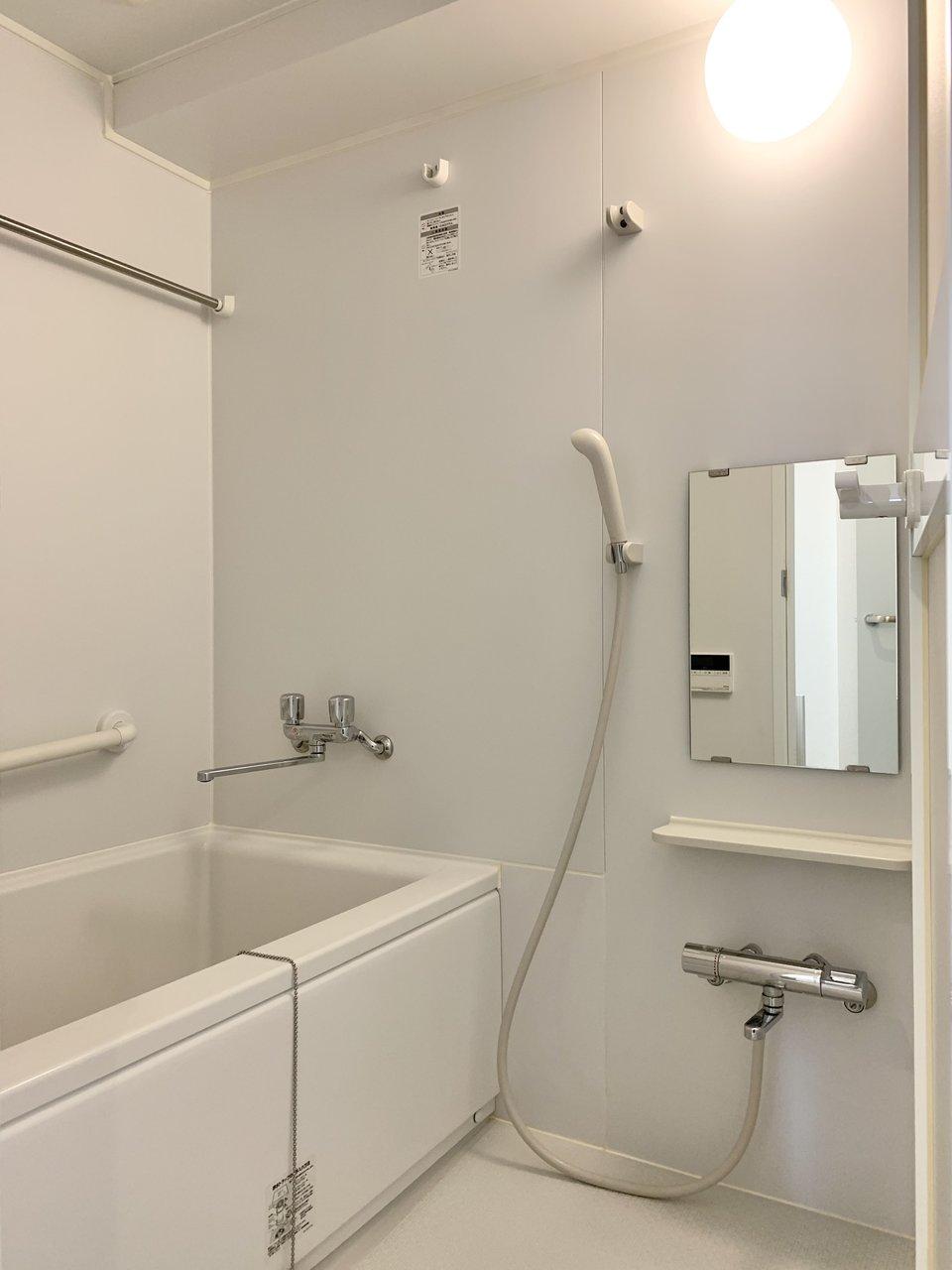水回りも使いやすく生まれ変わりました。追い焚き機能付きバスルームで心身ともにリフレッシュ。